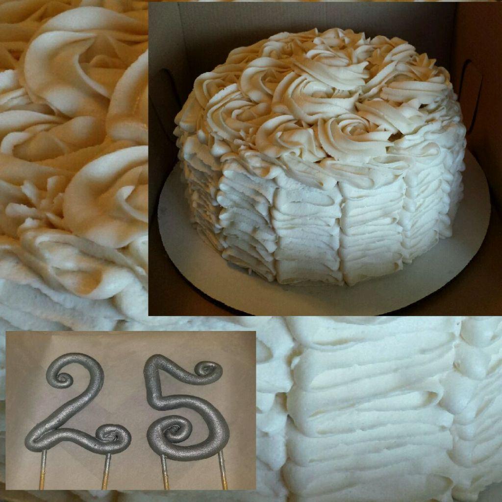 Trechelle anniversary cake